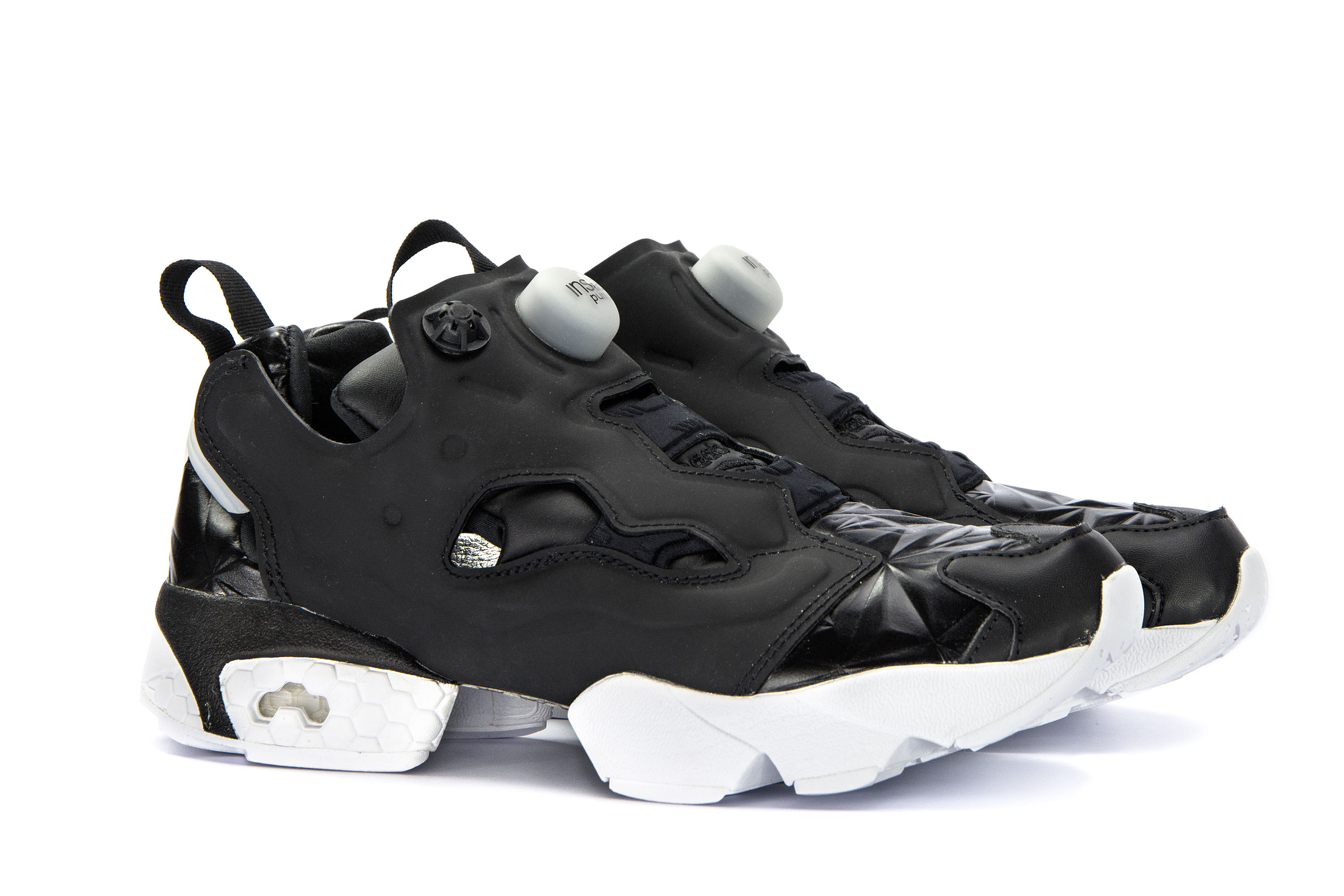 Details about REEBOK Womens Shoes Low Sneakers INSTAPUMP FURY HYPE MET  Black Leather Trainers 9d36e15a2f8
