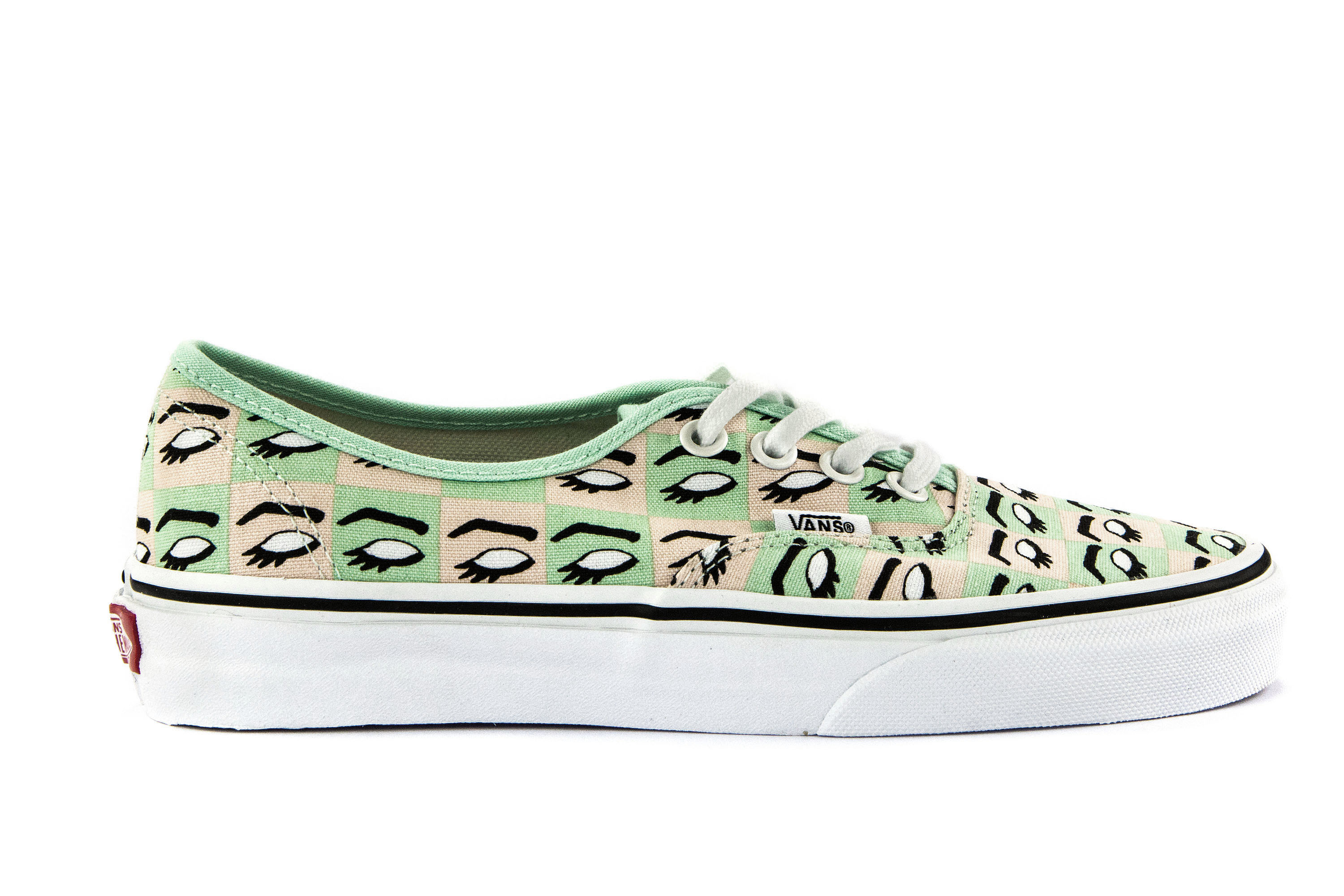 ad8fcd090cae31 VANS Womens Shoes Lace-Up Sneakers AUTHENTIC (KENDRA DANDY) White ...